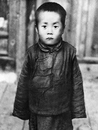 2009_02_08_Dalai_Lama_enfant